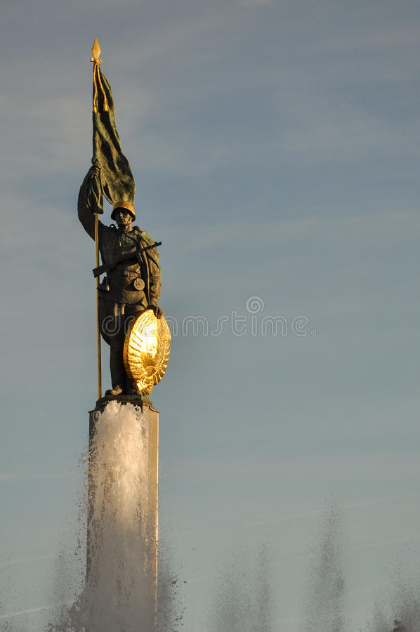 Sowjetisches Kriegs-Denkmal Wien stockfotos