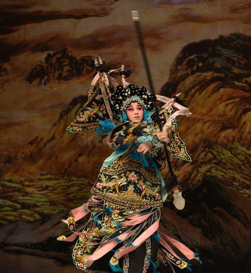 "Soyez des généraux de femmes d'absorber-Yang Qiniang- Pékin Opera"" de  de € de Yang Familyâ photos libres de droits"