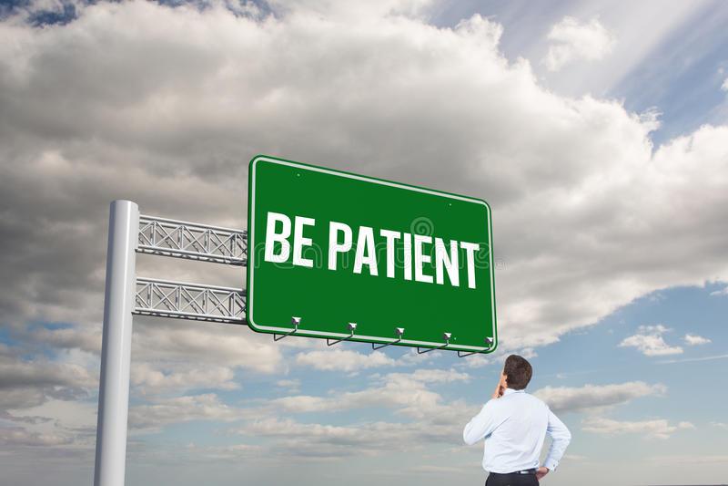 Soyez patient contre le ciel photos libres de droits
