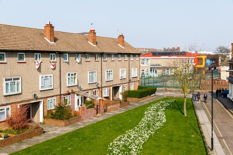 Sozialwohnungsblock in Großbritannien lizenzfreies stockbild