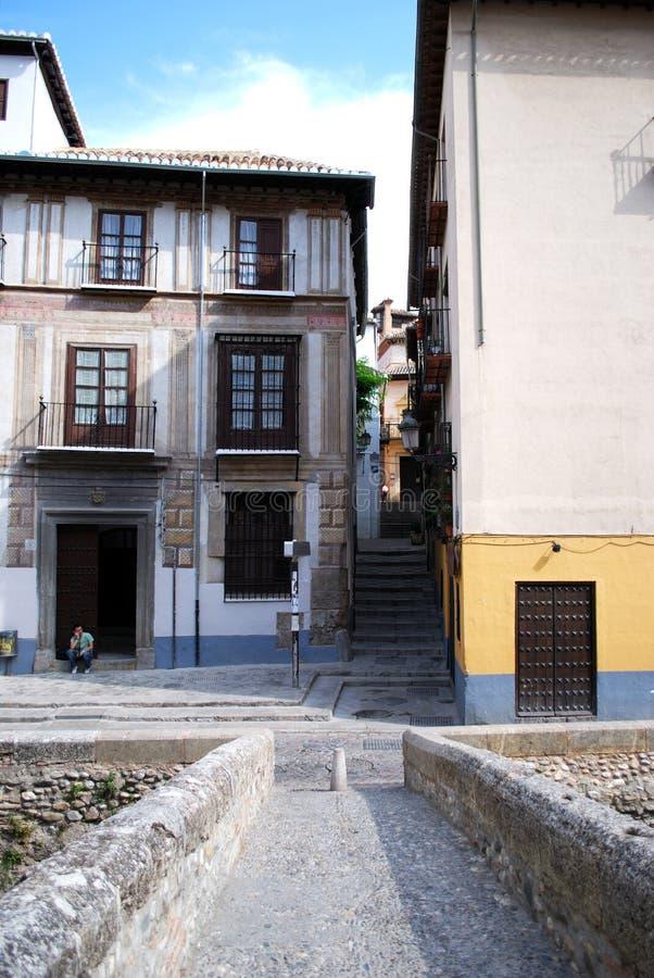 Spång över floden Darro, Granada royaltyfri fotografi