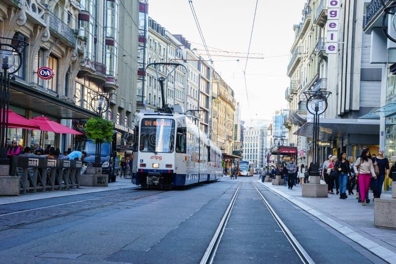 Spårvagn i Genève, Schweiz royaltyfri fotografi