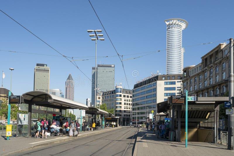 Spårvagnstopp i Frankfurt royaltyfri bild
