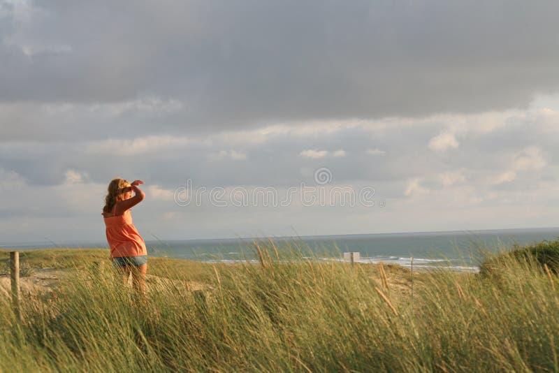 spójrz na plażę obrazy stock