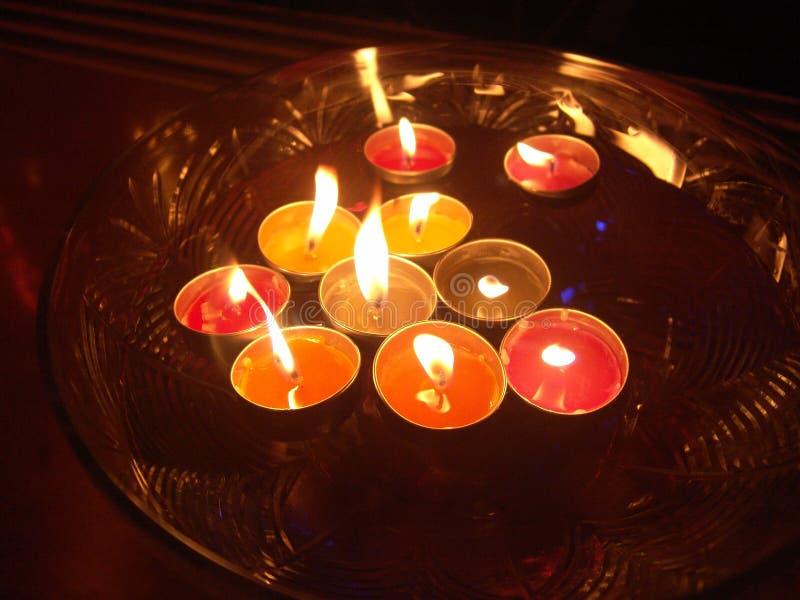 Spławowe zdrój świeczki obrazy royalty free