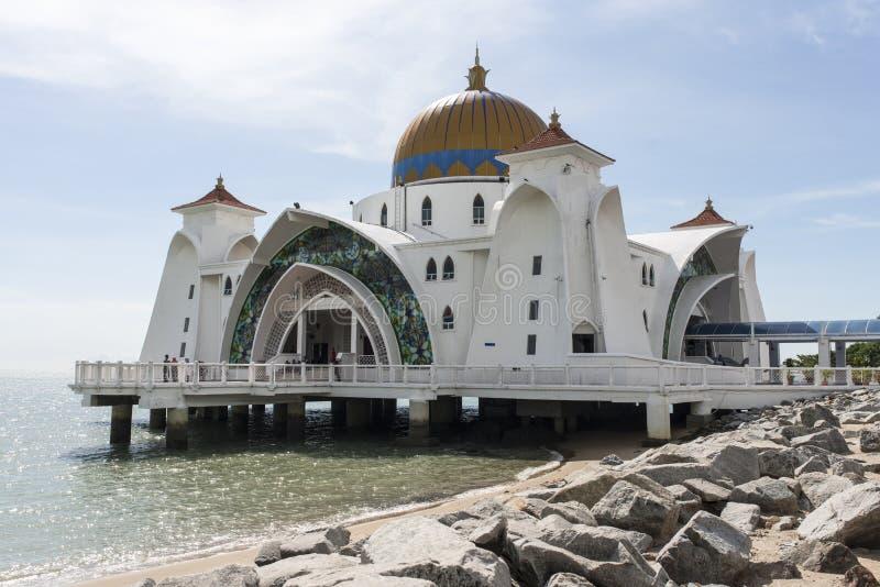 Sp?awowy cie?niny Malacca meczet zdjęcia royalty free