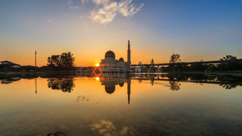 Spławowy meczet, Masjid Jako Salam, Puchong obrazy stock