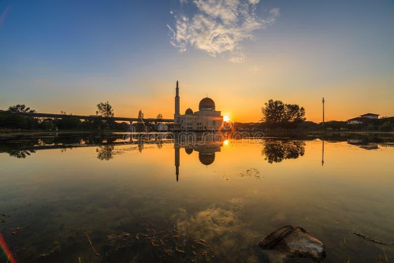 Spławowy meczet, Masjid Jako Salam, Puchong obraz stock