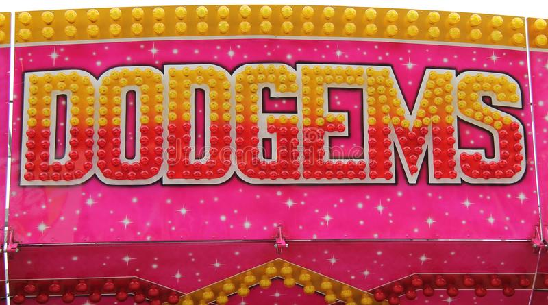 Spaß-Messe Dodgems-Fahrt lizenzfreie stockbilder