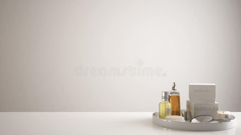 SPA, έννοια λουτρών ξενοδοχείων Η άσπρο επιτραπέζια κορυφή ή το ράφι με το λούσιμο των εξαρτημάτων, toiletries, πέρα από το κενό  στοκ φωτογραφία