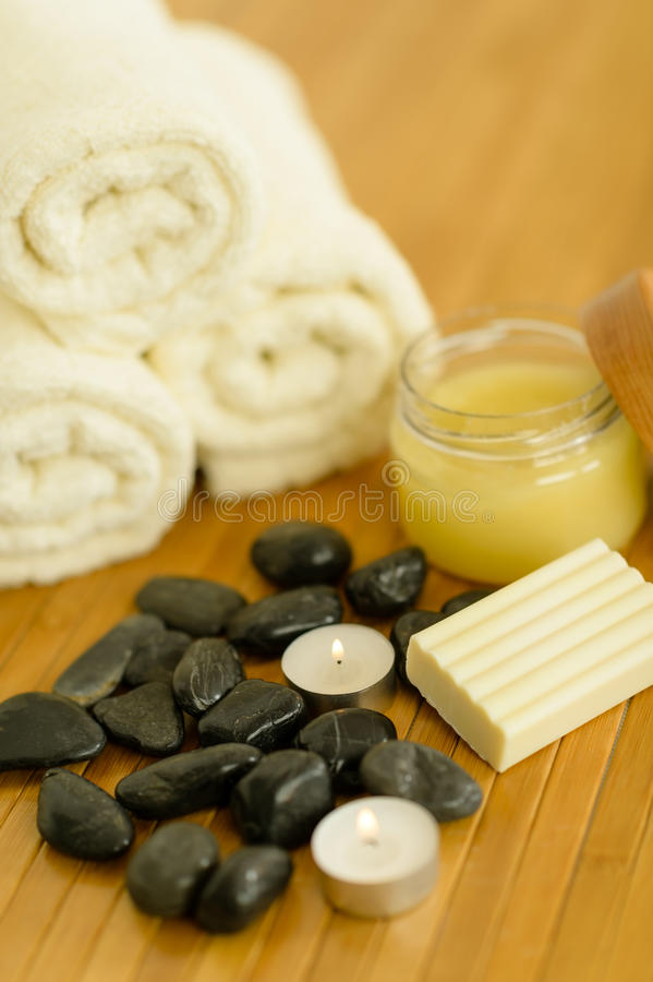 Download Spa Body Care Products And Towels Close-up Stock Photo - Image: 26248970