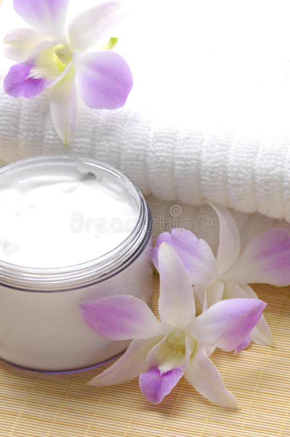 Download Spa essentials stock image. Image of aromatherapy, accessory - 11395597