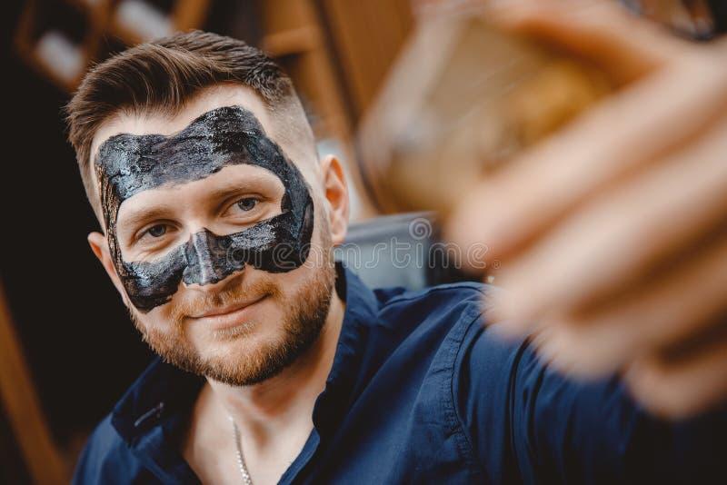 men Prevent black facial in irritation