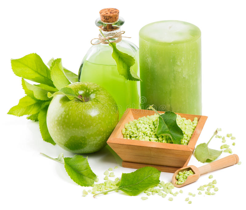 Spa tillbehör och grönt äpple royaltyfri foto