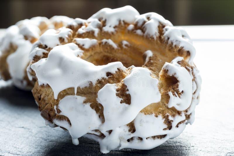 Spaans eigengemaakt suiker donuts dessert stock afbeelding
