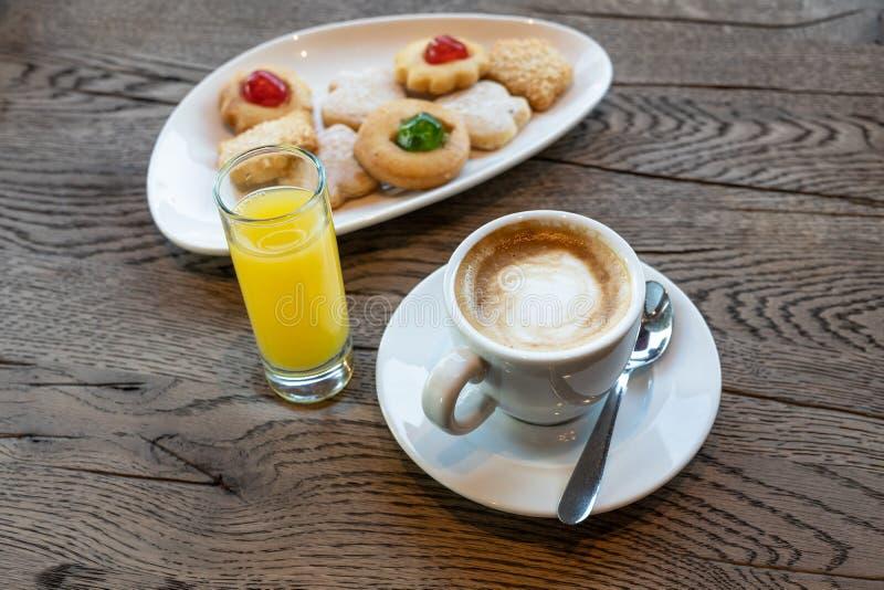 Spaans ontbijt op koffiewinkel royalty-vrije stock fotografie