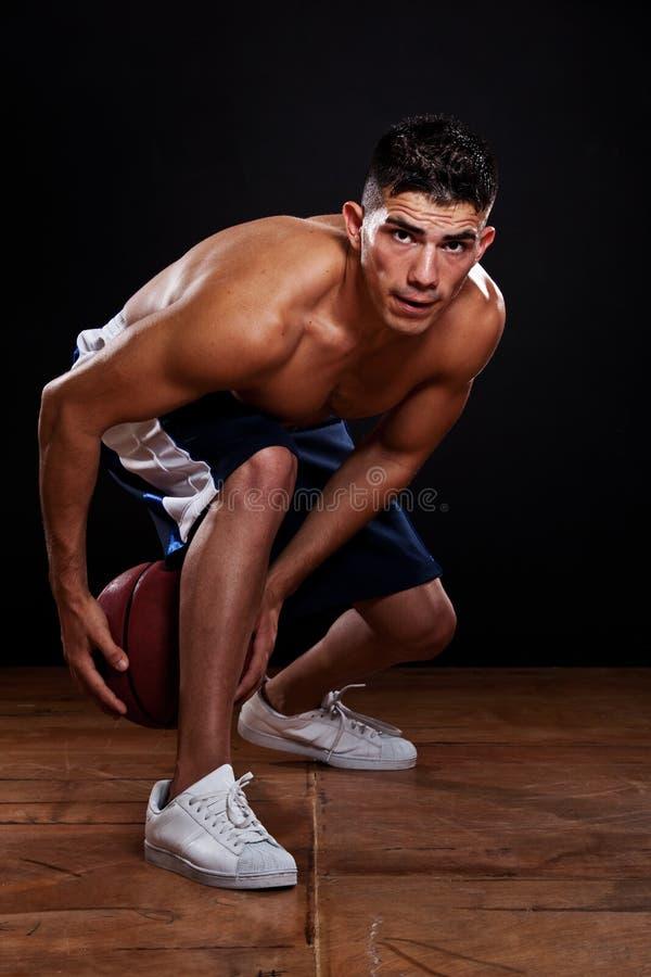 Download Spaanse basketbalspeler stock foto. Afbeelding bestaande uit spier - 10780586