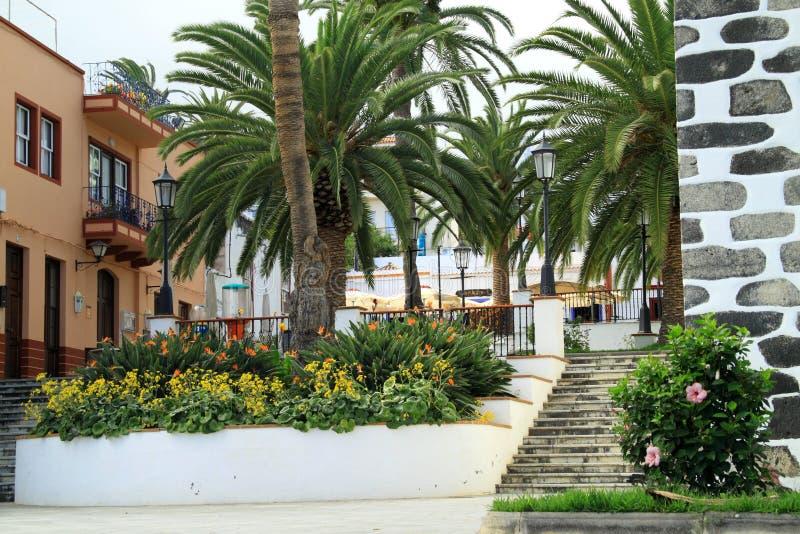 Spaanse binnenplaatsen en tuinen stock afbeeldingen