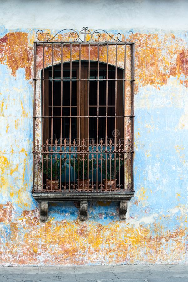 Spaanse Koloniale Architectuur, Venster, Guatemala stock afbeeldingen