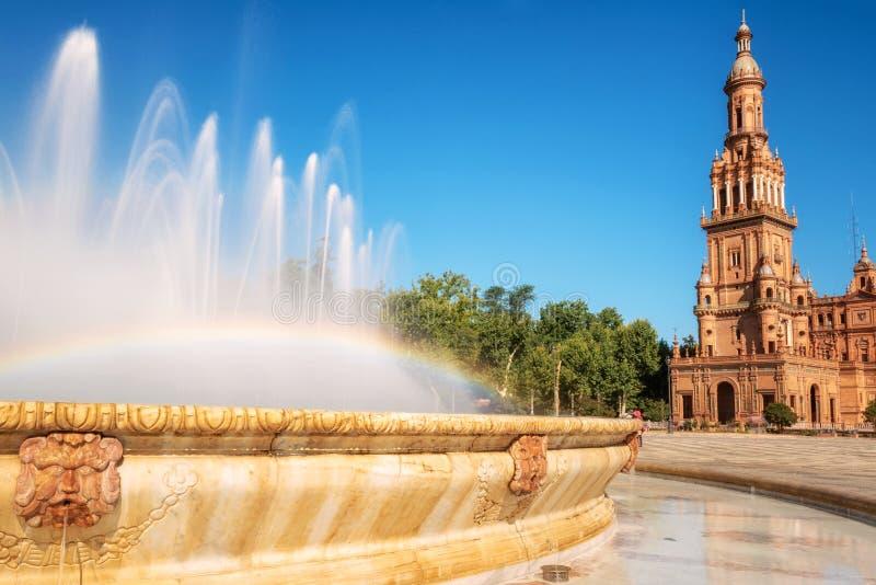 Spaanse Square Plaza DE Espana in Sevilla in een mooie de zomerdag, Spanje royalty-vrije stock fotografie