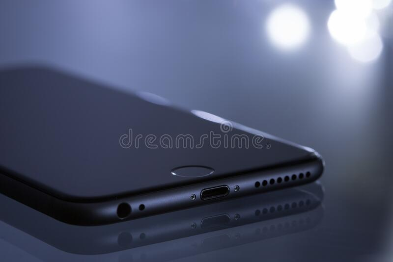 Space Gray Iphone 6 Free Public Domain Cc0 Image