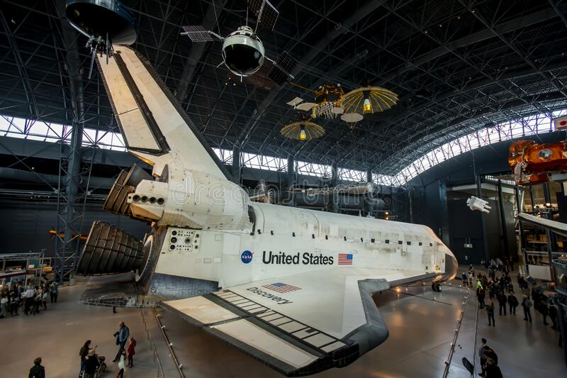 Space Shuttle Discovery rear view royalty free stock photos