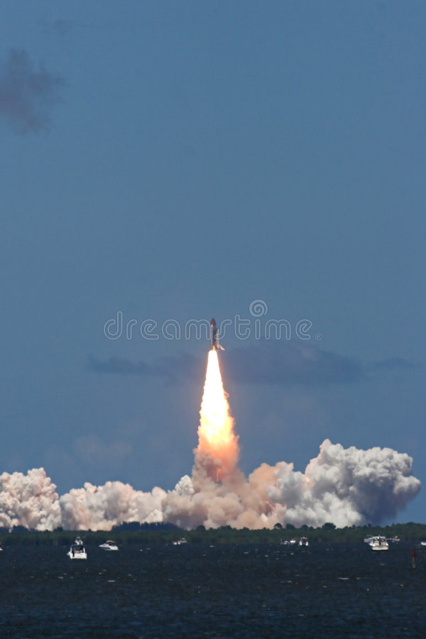 Space shuttle launch – STS 121 royalty free stock photography