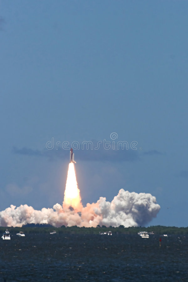 Space shuttle launch – STS 121 royalty free stock images