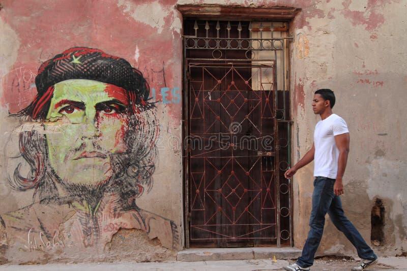 Spacer na przodzie Che zdjęcie stock