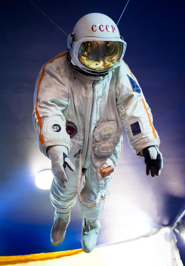 Spacesuit, espacio de exposición y Rocket Museum nombrados después de Glushko fotografía de archivo libre de regalías