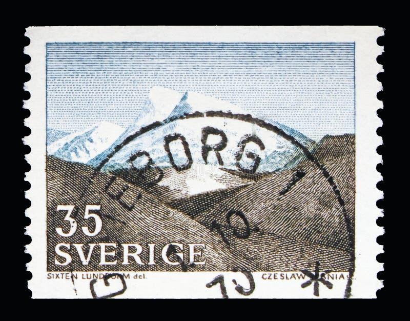 Spadał (Fjall krajobraz) w Północno-zachodni Szwecja, krajobrazy seria, zdjęcia stock