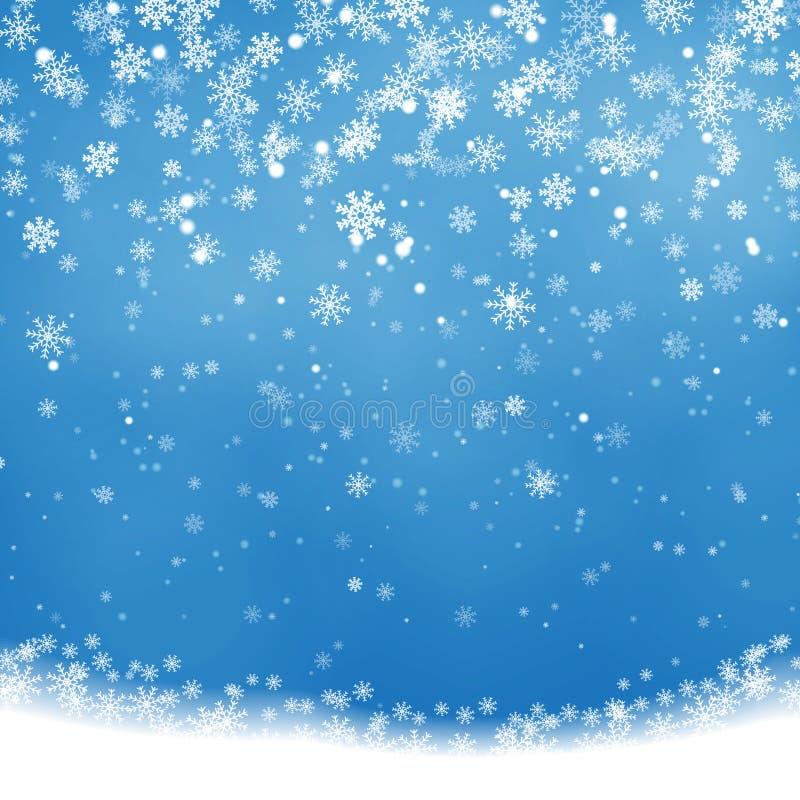 Spada Bożenarodzeniowy jaśnienie, przejrzysty piękny śnieg odizolowywający na błękitnym tle Płatki śniegu, śnieg royalty ilustracja