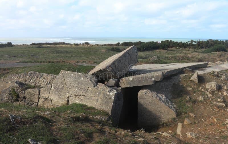 Spada puszka beton przy Pointe Du Hoc, Francja obraz stock