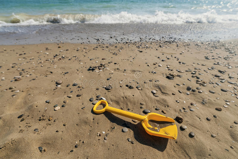 Download Spade on beach stock image. Image of edge, bright, ripple - 34160485