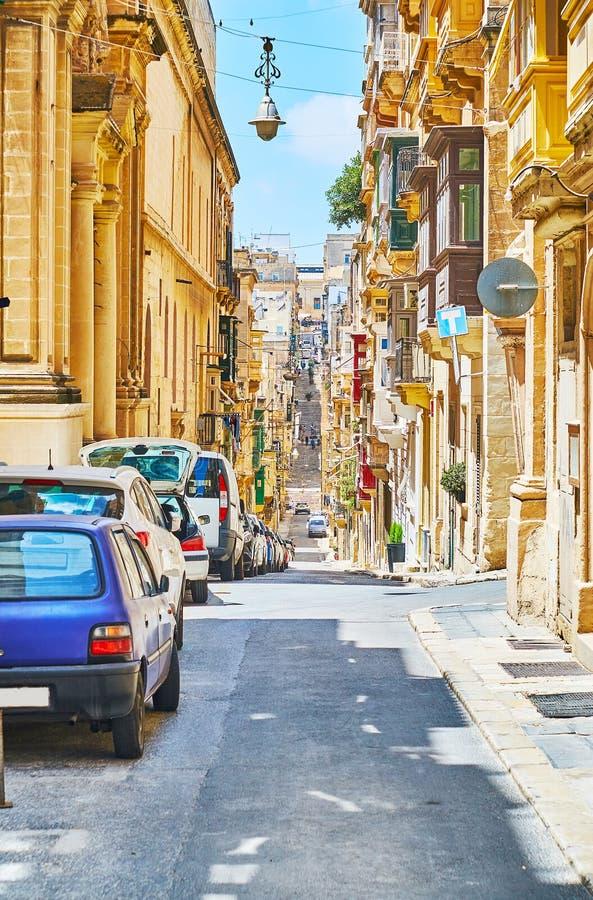 Spadki w starym Valletta i podbiegi, Malta zdjęcie stock