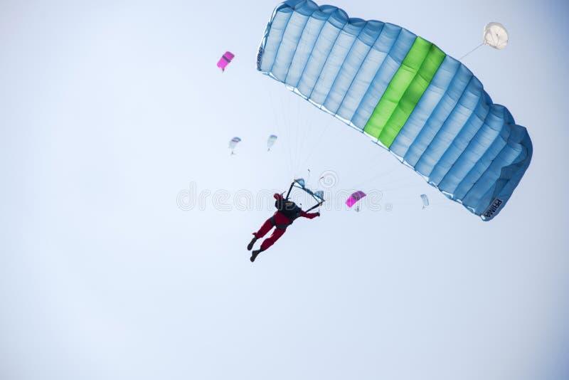 spadochrony obrazy royalty free