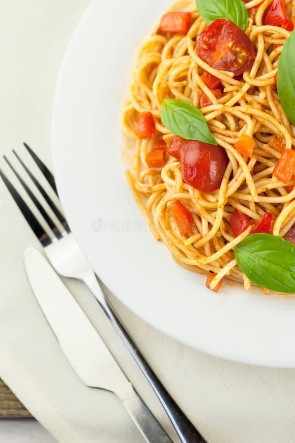 Download Spaghetti immagine stock. Immagine di italiano, mangi - 117981509