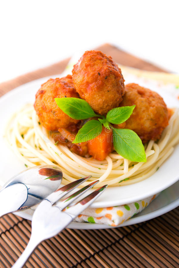 Free Spaghetti And Meat Ball Royalty Free Stock Photography - 26871737