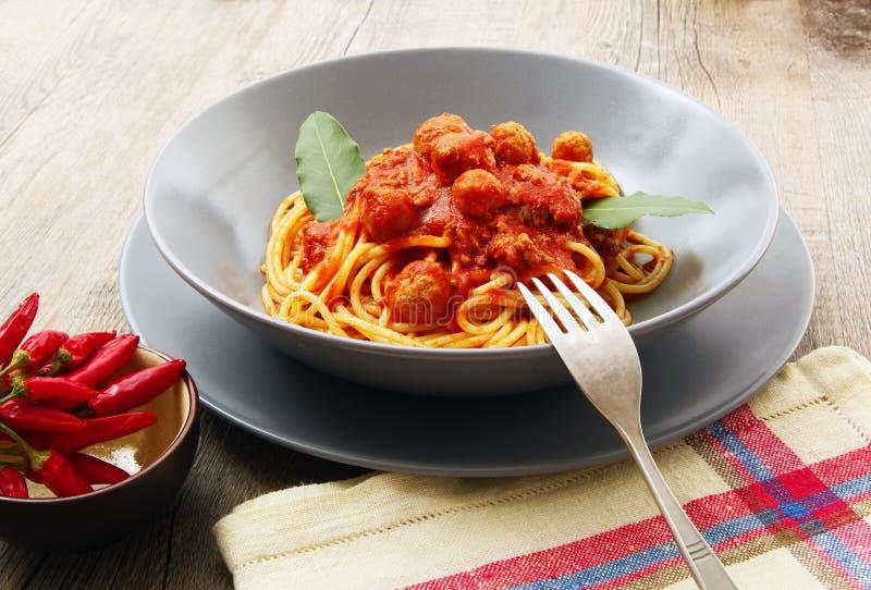 Spaghetti avec de la sauce à viande photo stock