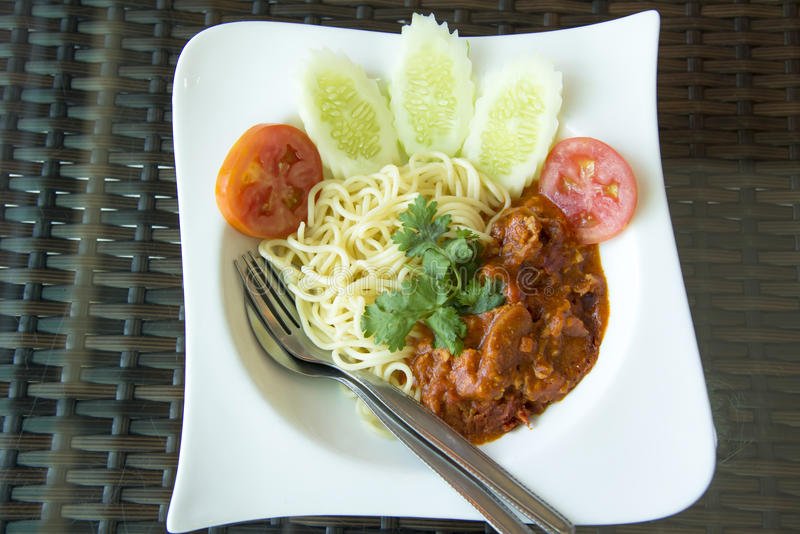 Spaghetti Bolognese op plaat royalty-vrije stock afbeelding