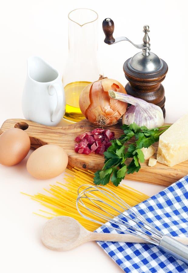 Download Spaghetti carbonara recipe stock photo. Image of garlic - 19912764