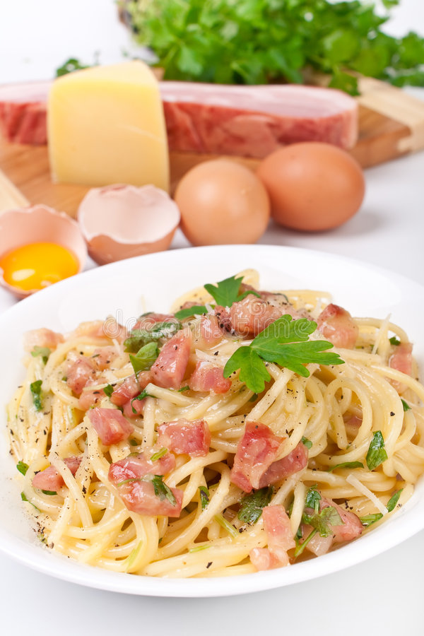 spaghetti de carbonara images stock