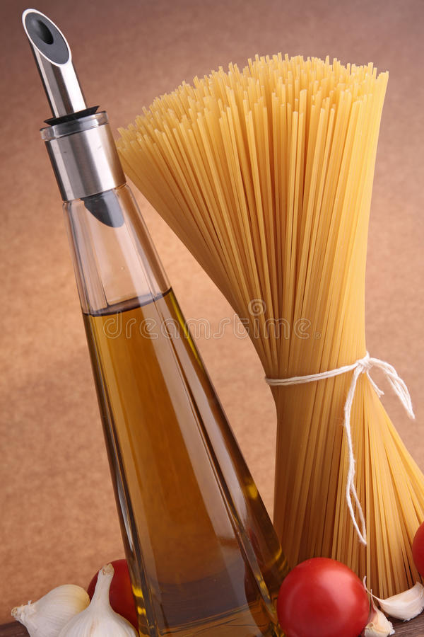 Spaghetti And Ingredient Royalty Free Stock Photography