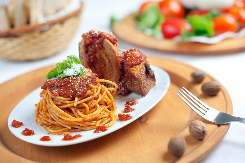 Download Spaghetti With Neaplolitan Ragu Sauce Stock Photo - Image: 19394656