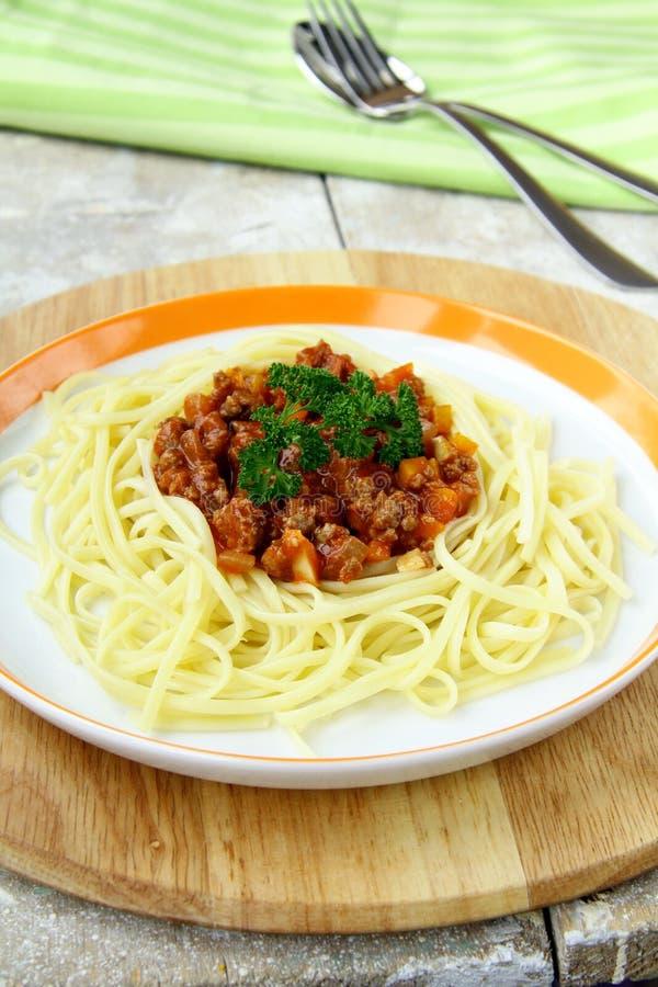 Spaghetti op een plaat royalty-vrije stock afbeelding