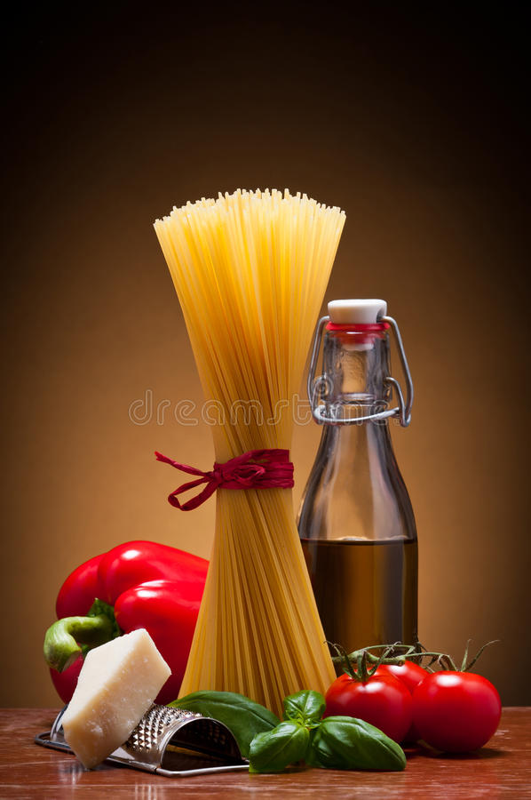 Spaghetti pasta bundle stock images