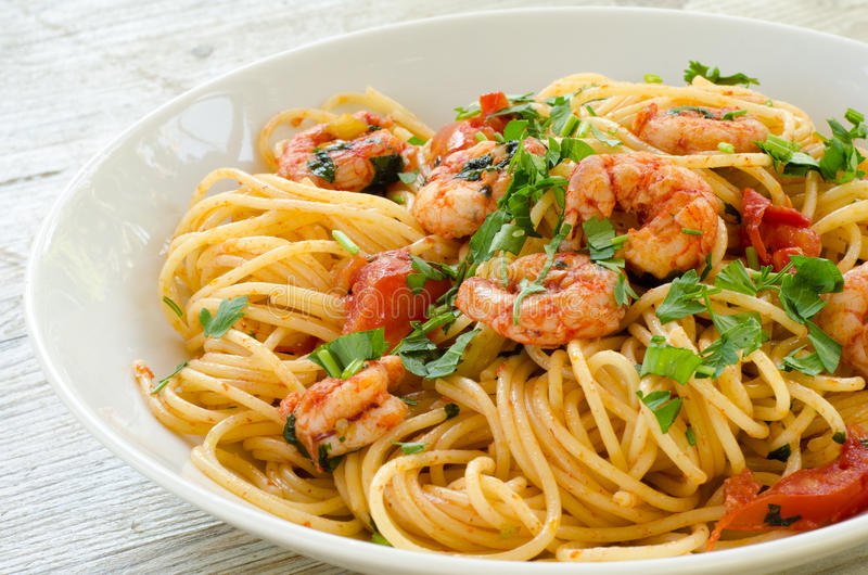 Download Spaghetti With Shrimps And Parsley Royalty Free Stock Photo - Image: 26537495