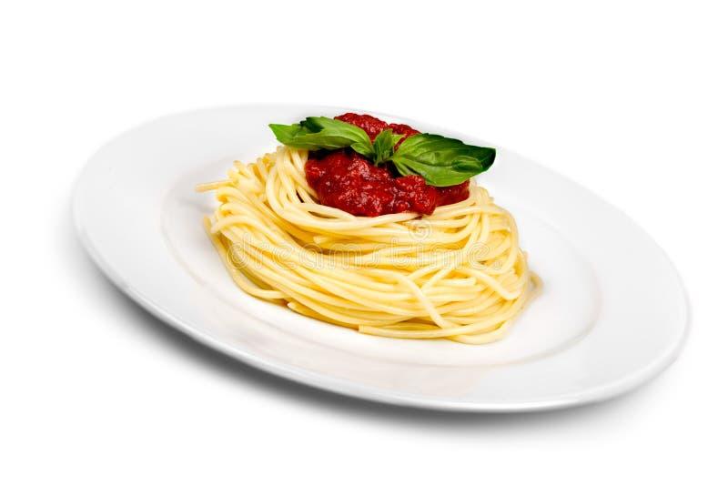 Download Spaghetti Sulla Vista Superiore Del Piatto Con Il Percorso Di Ritaglio Immagine Stock - Immagine di pasto, isolato: 117981485