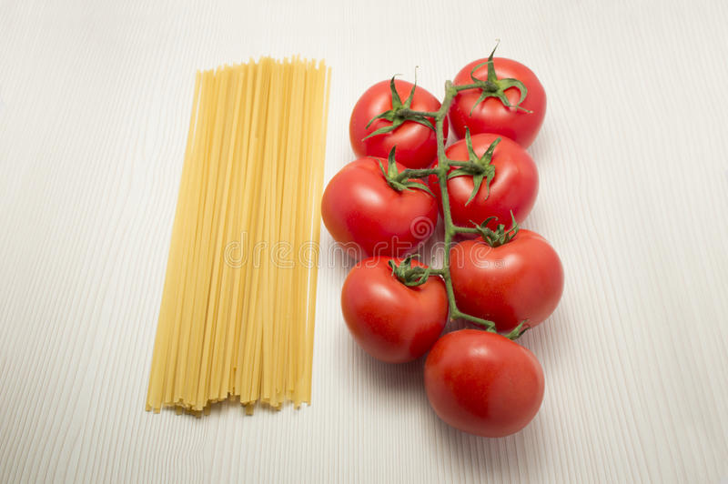 Download Spaghetti And Tomatoes Ready To Cook Stock Photo - Image: 29790108
