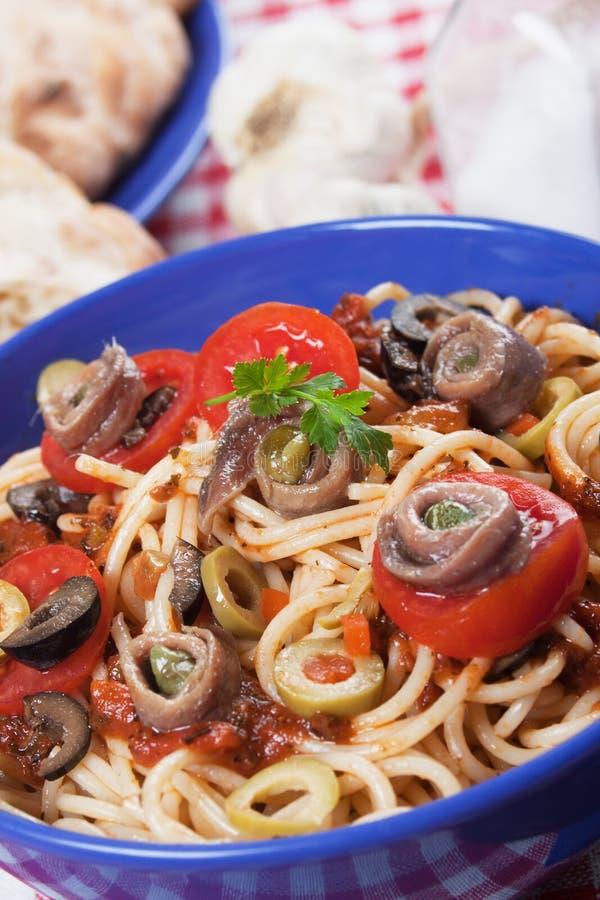 Spaghetti un puttanesca della La immagini stock
